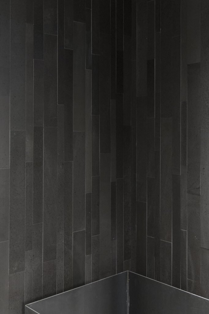 Superfici in pietra lavica Nerosicilia