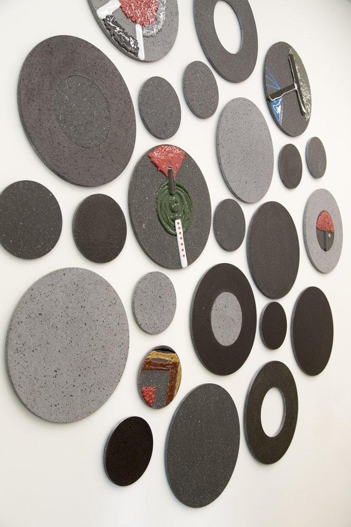 La collezione di superfici in pietra lavica alla Milano Design Week 2016