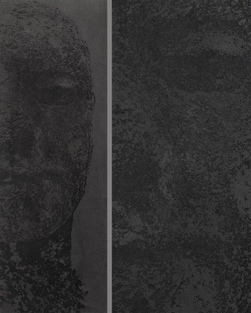 Dettaglio dell'opera in pietra lavica di Matteo Tampone